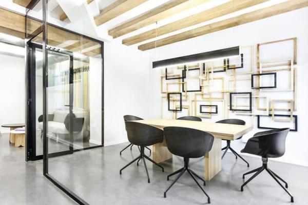 De închiriat Spatiu pentru birou cu 3-4 camere