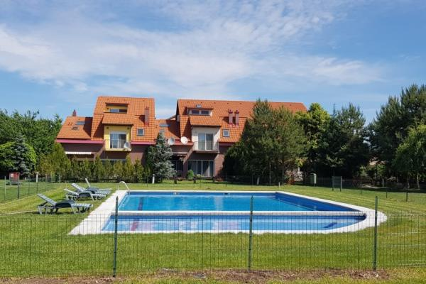 Houses and villas for rent in Baneasa Pipera, Bucharest, Romania