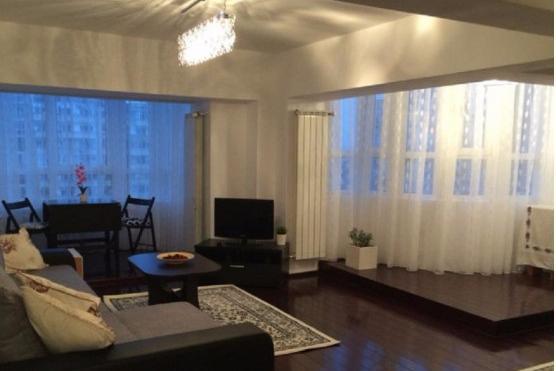 De închiriat Apartament cu 3-4 camere pentru client expat