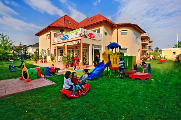 To rent Romanian client looking for a villa to set up a kindergarten in the Northern area of Bucharest Dorobanti-Floreasca-Pipera