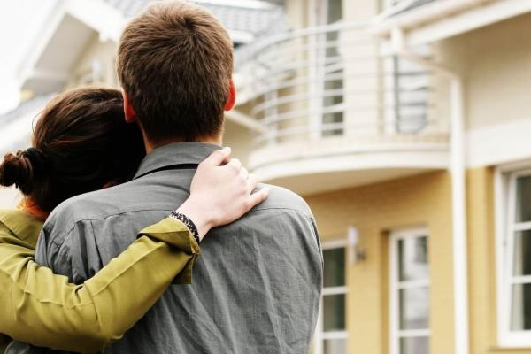 De cumpărat Client roman, doreste sa cumpere un apartament cu doua camere intr-o zona apropiata de metrou
