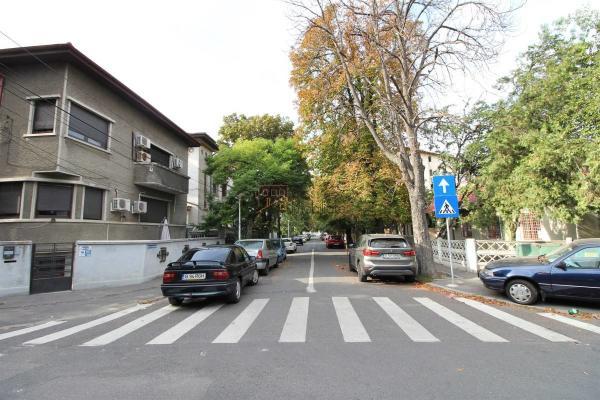 De cumpărat Clienta interesata sa cumpere o casa in zona Cotroceni