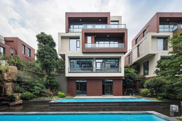 To rent Expat client from France is looking for a 4 bedroom villa, fully furnished, in Pipera area