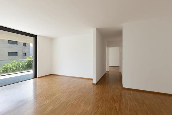 De închiriat Client expat cauta apartament cu 2 dormitoare, intre Piata Romana si zona de Nord a Bucurestiului