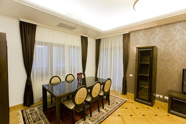 To rent Turkish Company is looking for a premium villa for office and residential purpose