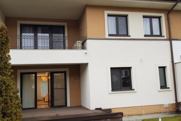 De închiriat Diplomat european caută o casă mobilată în complex rezidential zona Iancu Nicolae Pipera