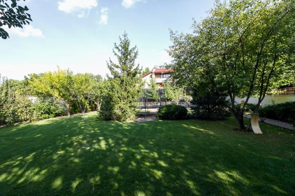 To buy Romanian entrepreneur looking for a villa|house in the Pipera Baneasa