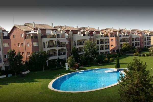 De cumpărat Clientă din Turcia caută un apartament cu 3 camere, în apropiere de Școala Americană si Iancu Nicolae Pipera