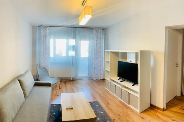 To rent Private company is looking to rent 2 studios and an 1-bedroom apartment, close to Piața Victoriei