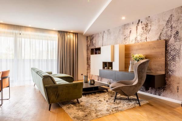 De cumpărat Client român caută un apartament cu 3 camere în zona Titan
